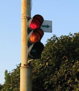 За поворот направо штраф предлагают отменить