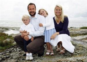 Семьи, попавшие в трудную жизненную ситуацию, получат дополнительные социальные гарантии