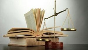 Юристы хотят защитить свою жизнь от посягательств
