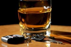 Полного запрета на алкоголь для водителей не будет