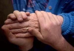 Порядок и размер выплаты алиментов престарелым родителям
