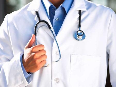 Повышение зарплаты медикам в 2017 году: последние новости